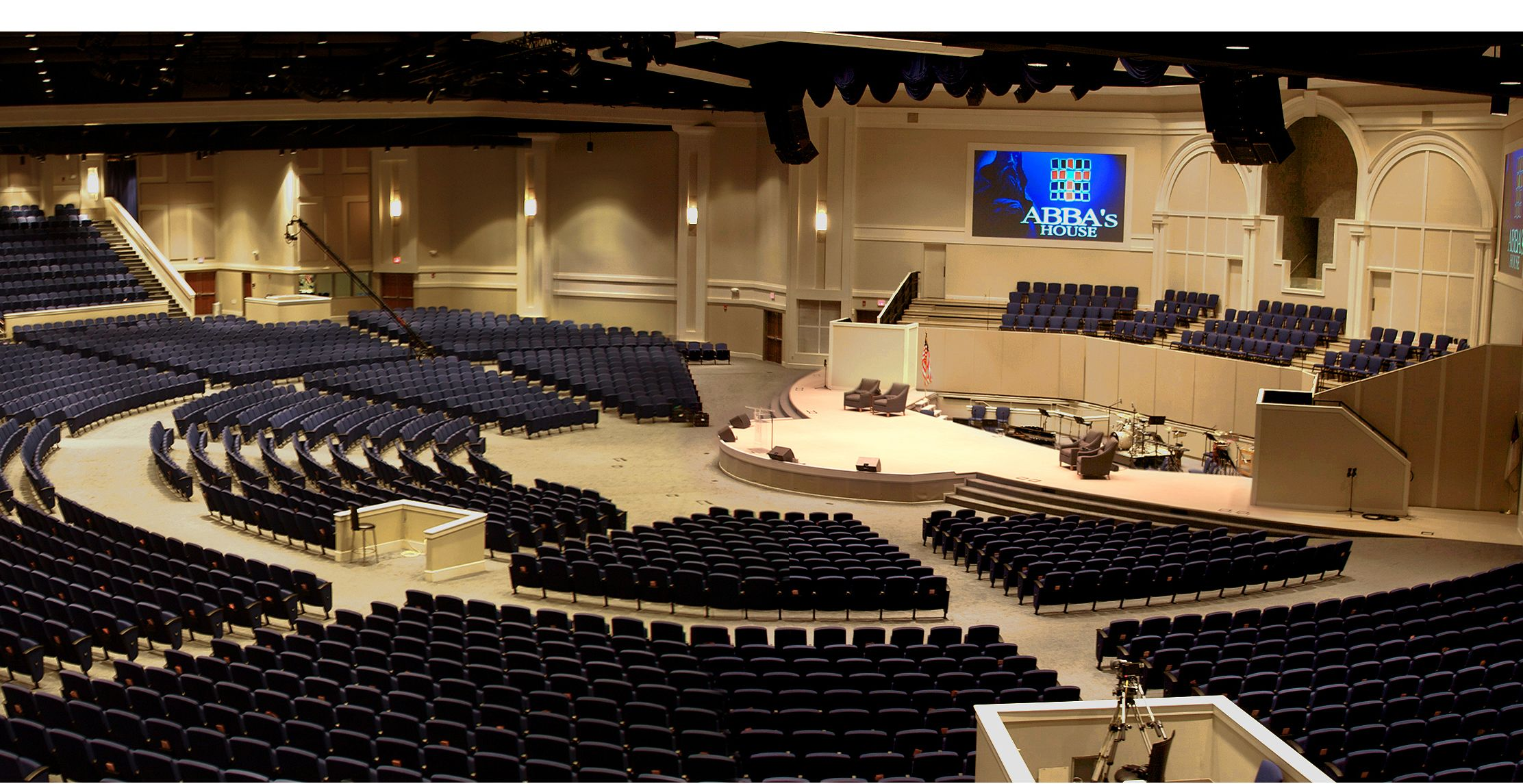 Church auditorium designed to seat 4 400 in a radial - Interior designers in chattanooga tn ...
