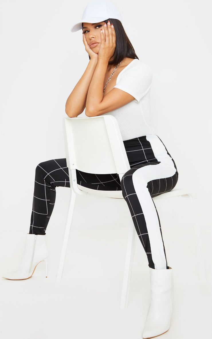 Black Grid Check Checked Side Stripe Leggings #stripedleggings