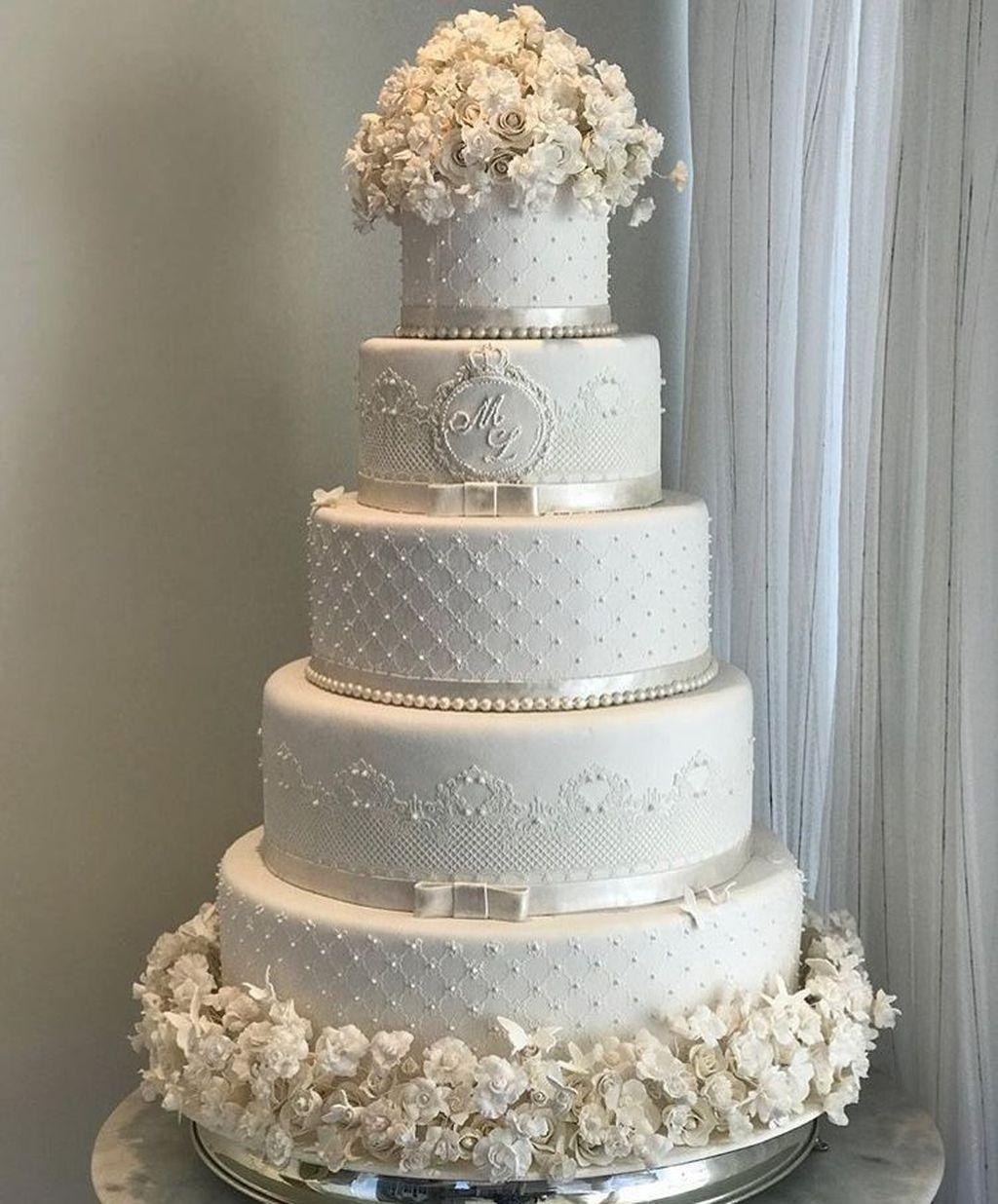 Wedding Cake Pics Ideas: 41 Popular Wonderland Wedding Cake Ideas For Winter