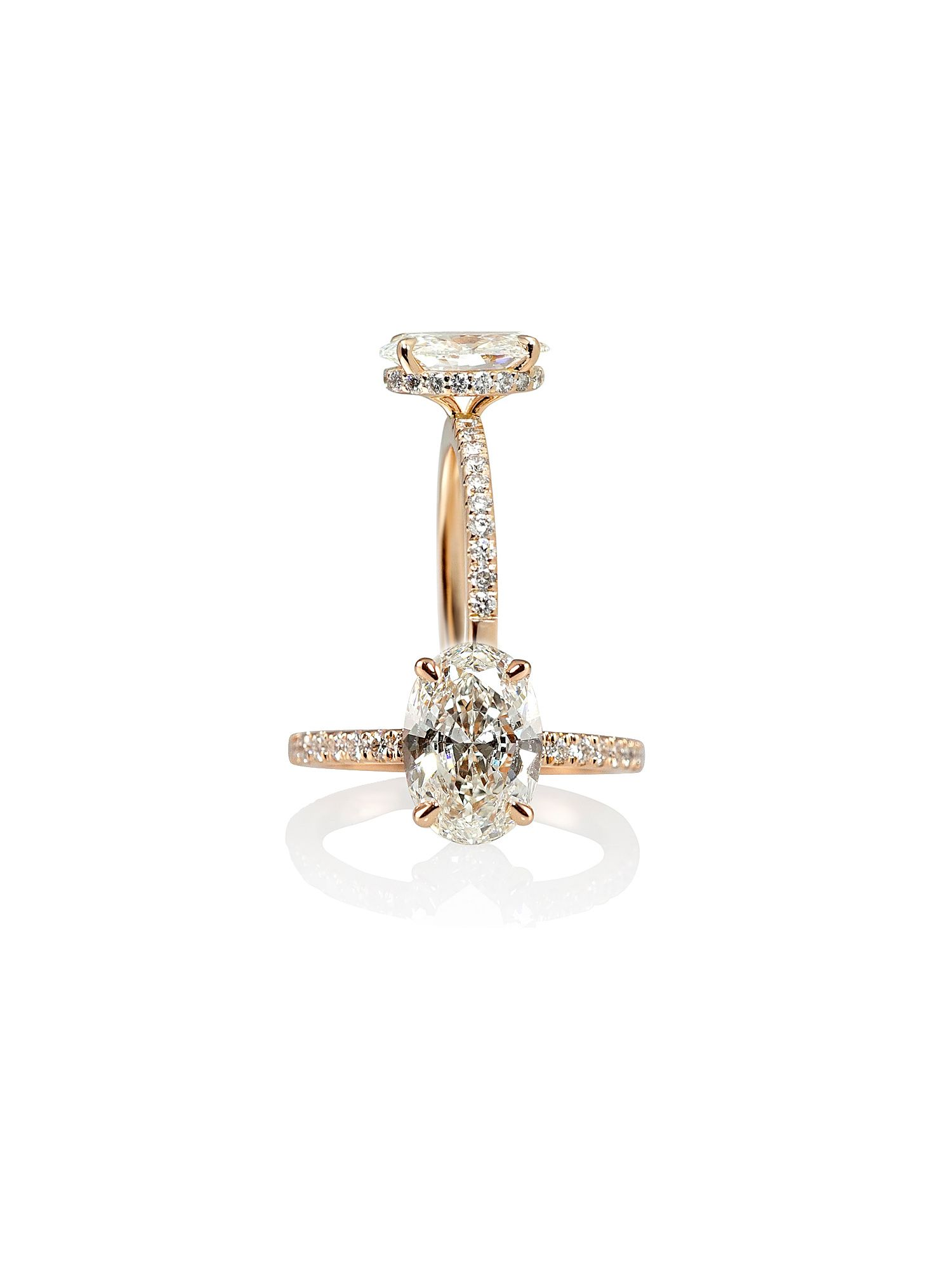 Side View of Amelia Rose Gold and Diamonds Engagment Ring with a Diamond Collar. #ovaldiamond #engagementring