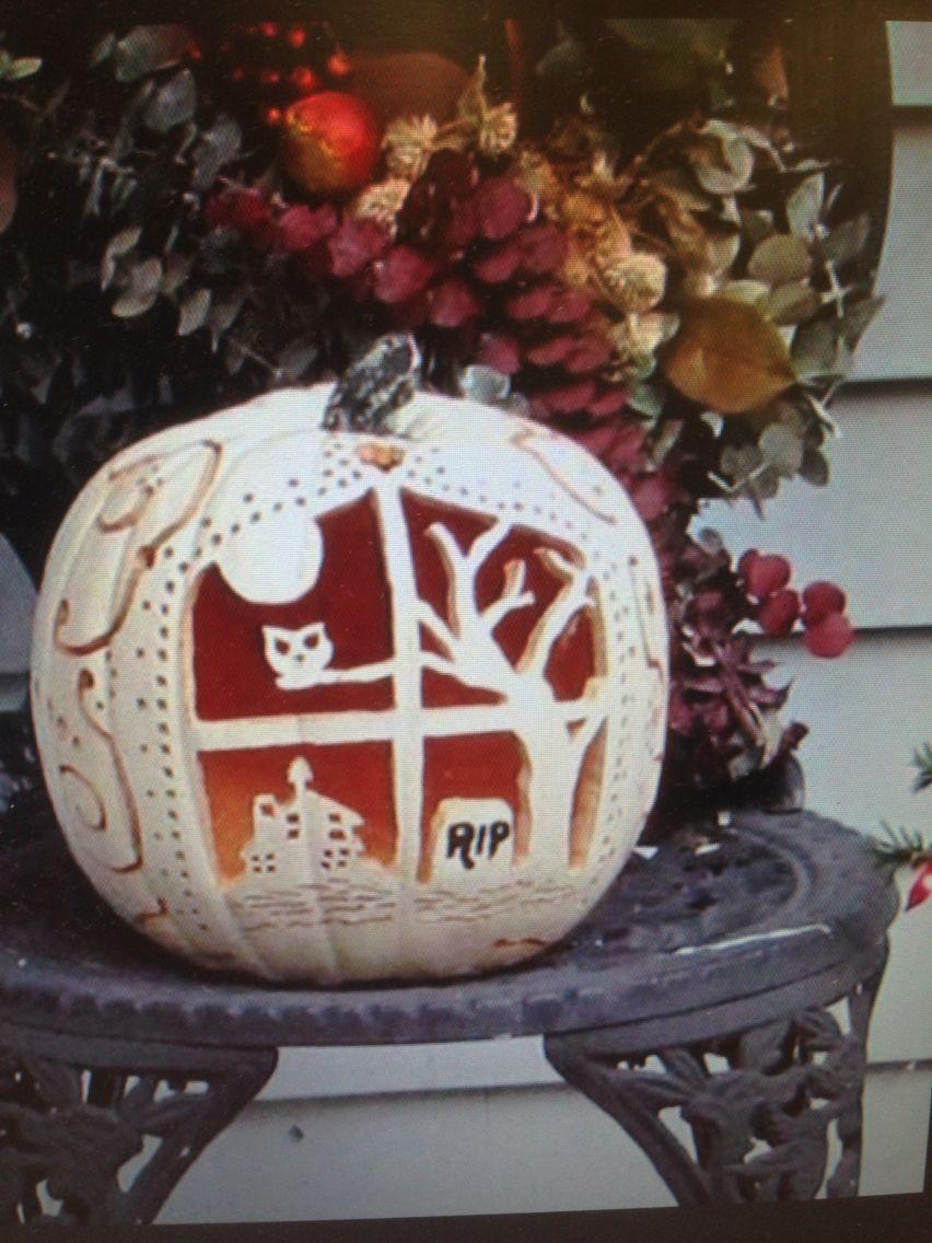 k rbis schnitzen gruseliges halloween pinterest k rbisse schnitzen schnitzen und. Black Bedroom Furniture Sets. Home Design Ideas