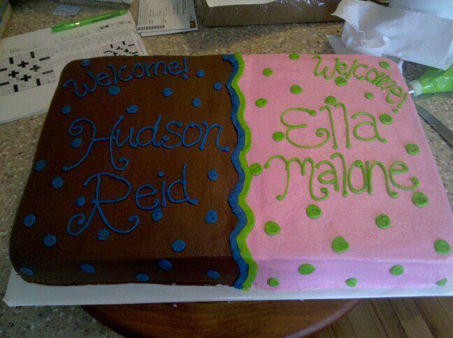 Halfhalf Baby Cakeg Twin Boy And Girl Cakes Pinterest