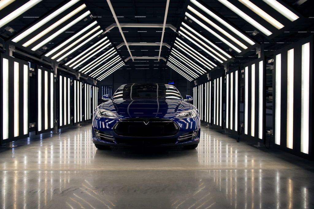 Tesla's Autopilot Has Had Its First Deadly Crash New