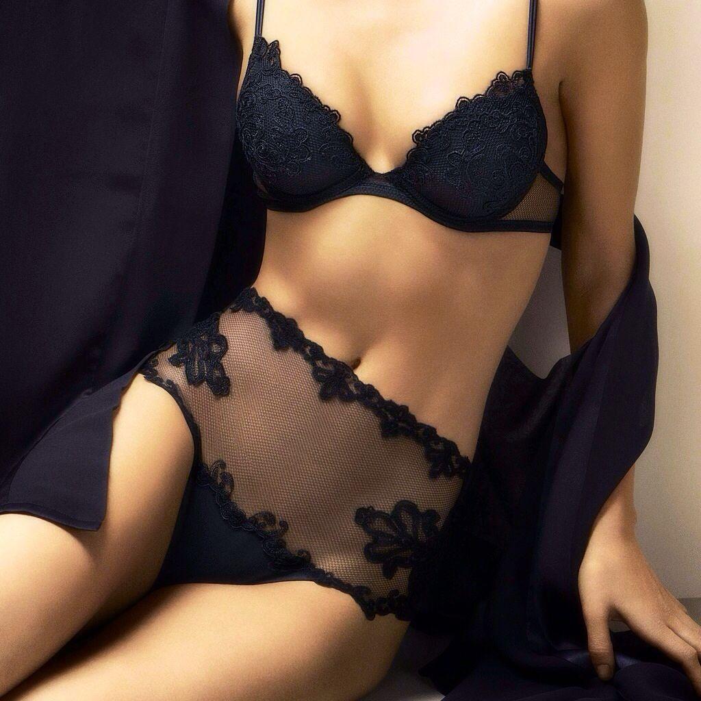 f0102180dc Discover the La Perla fit revolution . Shop luxury lingerie