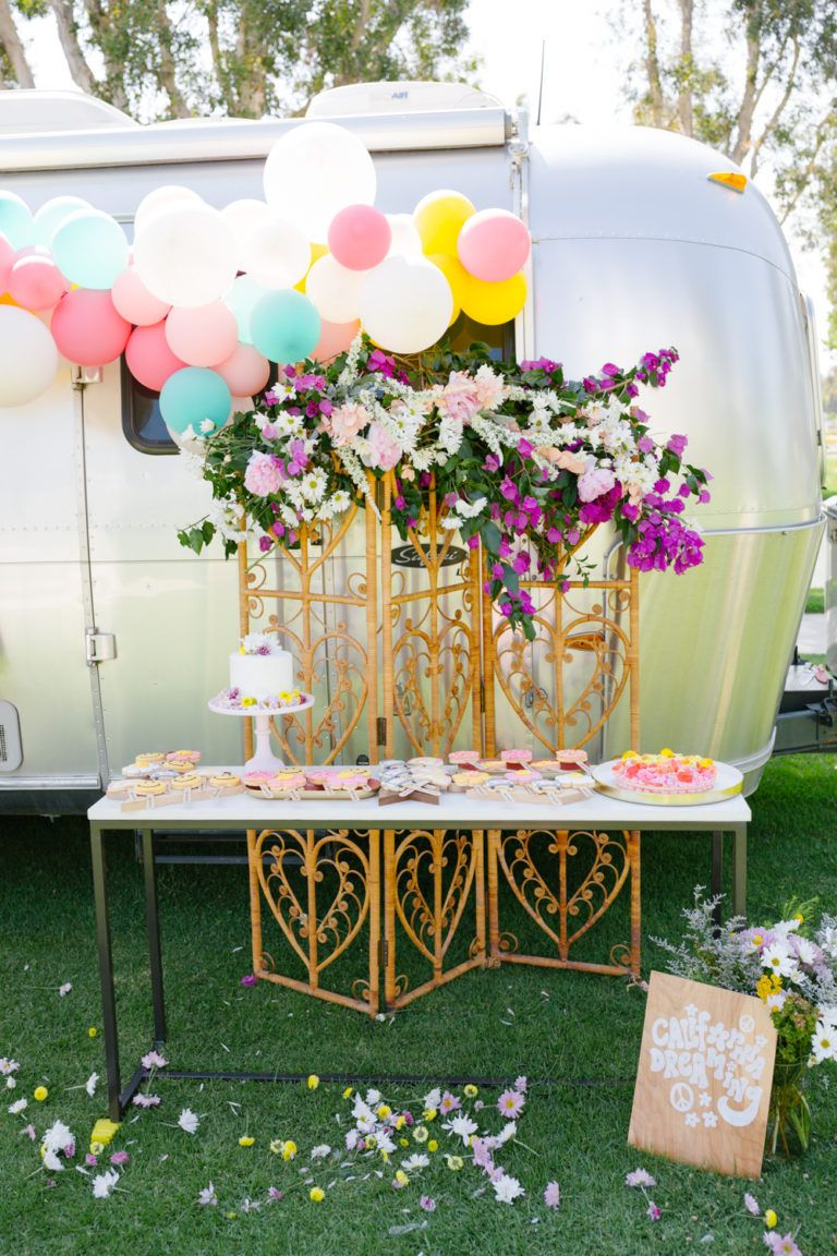 Flower Power - Scarlett's High 5 Birthday • Beijos Events