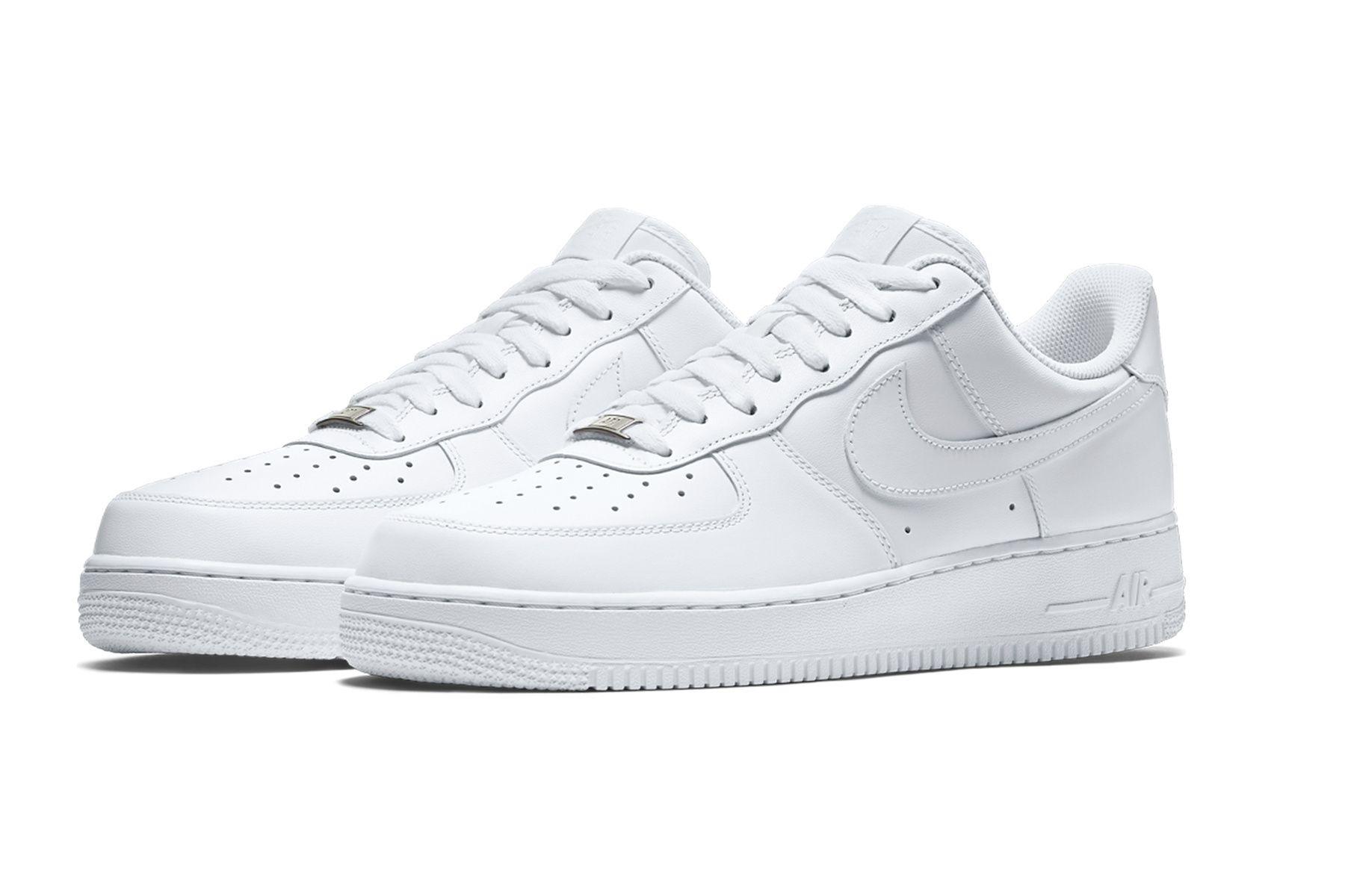 huge selection of df3cb 9cd6f Las zapatillas  Air Force 1  de color blanco de Nike