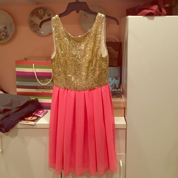 Gold and pink party/ homecoming dress. Gold sequined top and pink bottom. Only worn once Dresses Midi