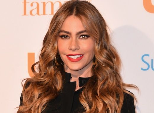 """Sofia Vergara and her, um, unique singing voice are spreading some holiday cheer by way of an Instagram video from her """"Modern Family"""" co-star Jesse Tyler Ferguson"""