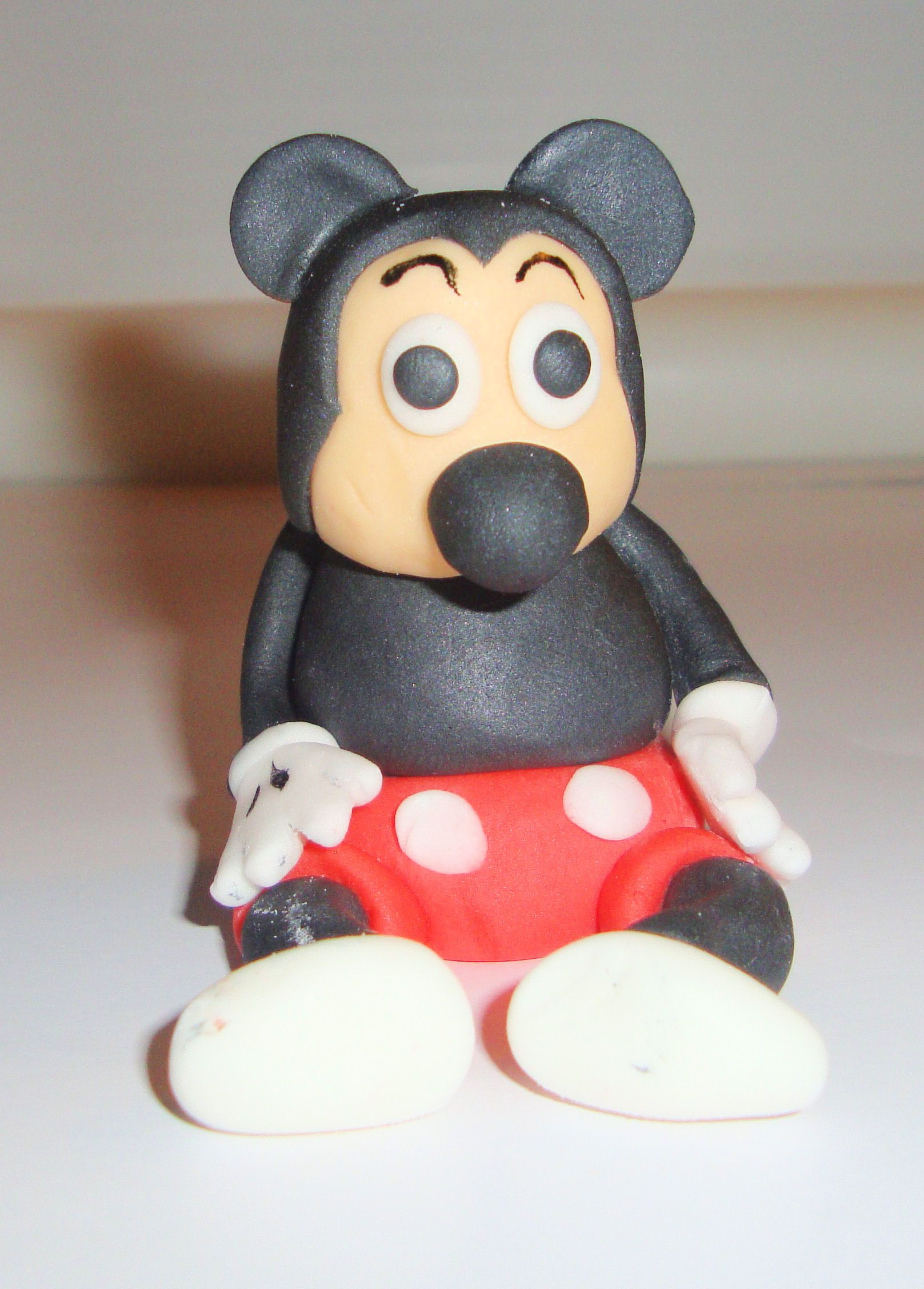Mickey mouse cake decorating mickey mouse mickey