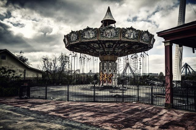 Deserted Places: The abandoned Six Flags New Orleans amusement park