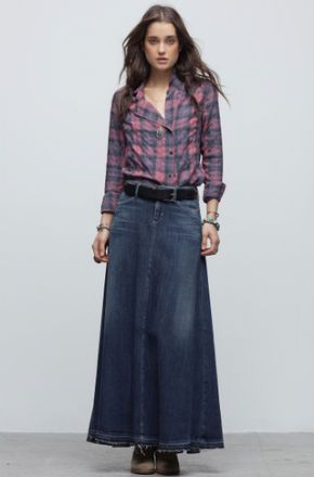 10 Denim Skirts to Wear Now (and What to Wear Them With) | Jean skirt