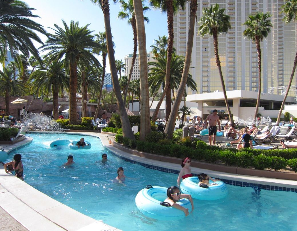 Poolside Cabana Room National Hotel