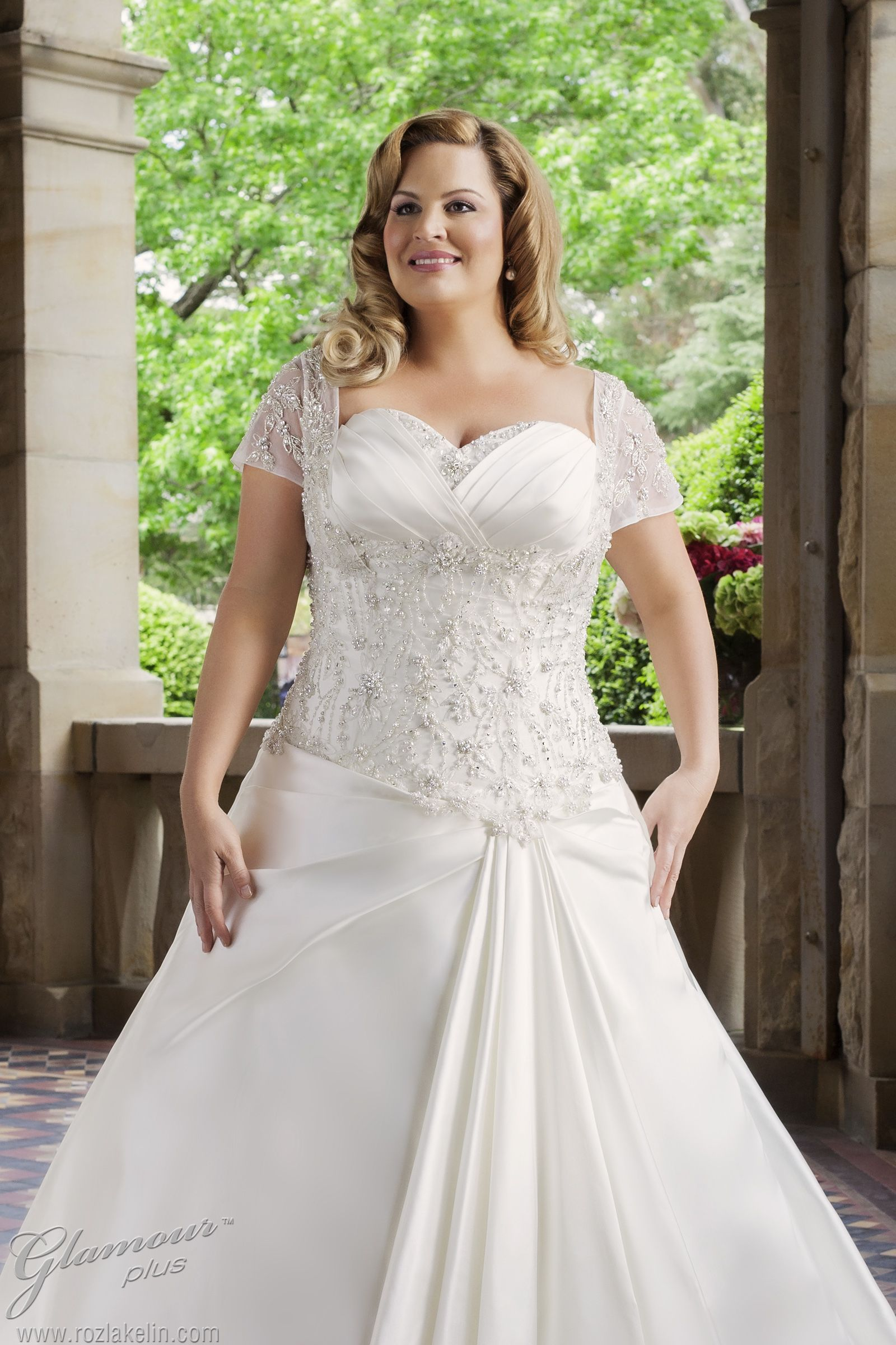 Glamour-plus-size-wedding-dress-roz-la-kelin-bridal-Jasmine-5637T-fc ...