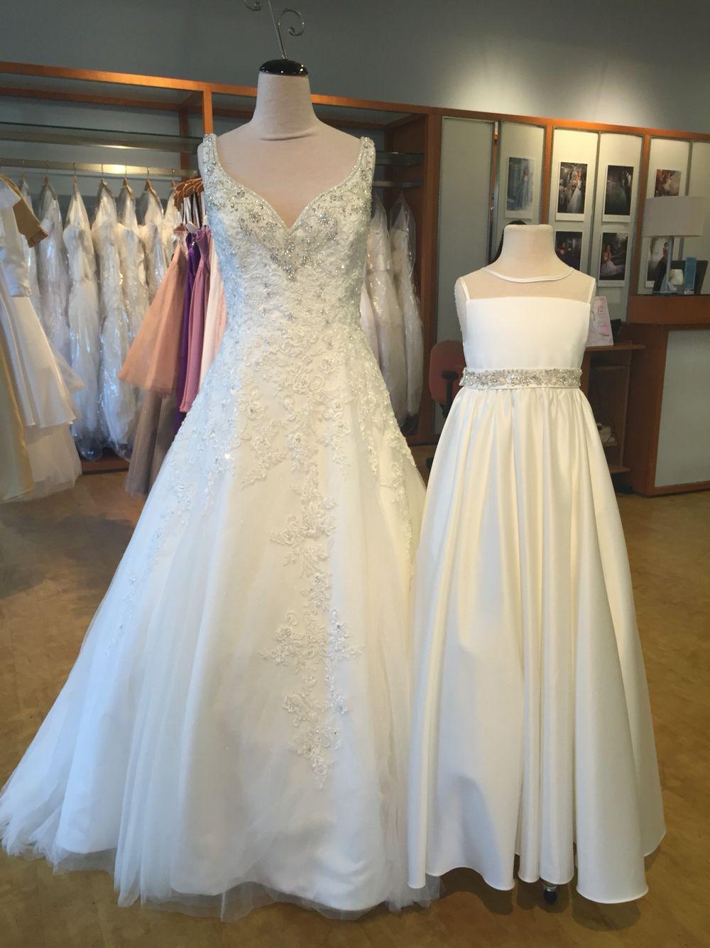 Alfred Angelo Disney fairytale weddings Rapunzel style 255 in ivory ...