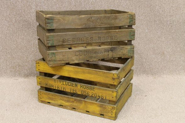 A Fantastic Opportunity To Purchase Some Vintage Wooden Crates Circa  1950s/1960s. These Vintage