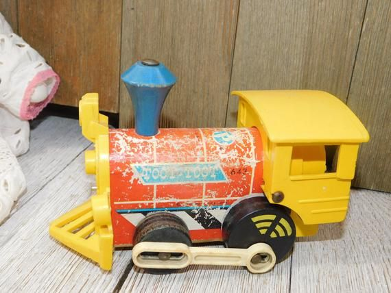 Fisher Price Little Wooden Train 643 Toot Toot Toy Train Vintage