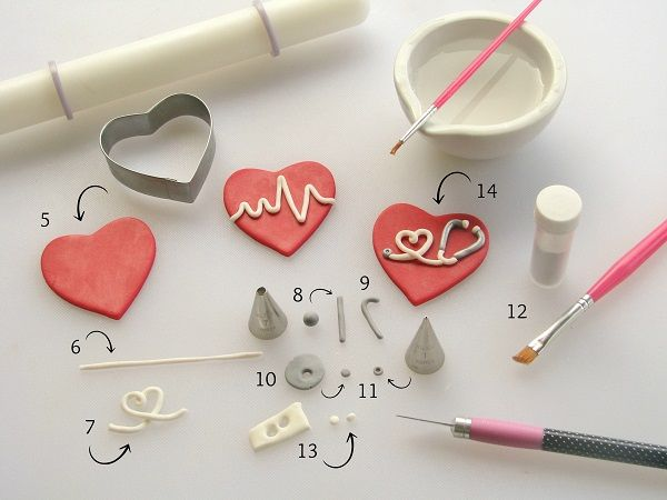 These Fondant Cupcake Toppers Will Make Your Heart Skip a Beat