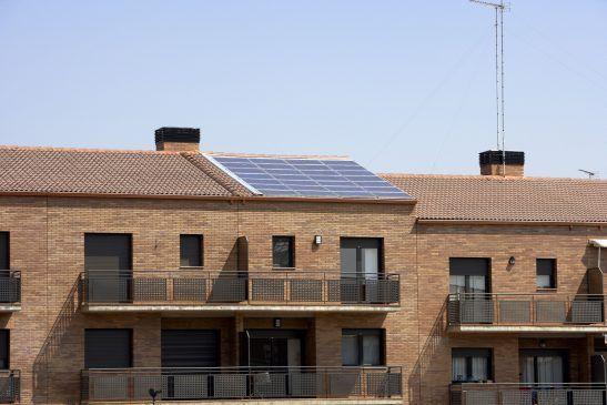 Panneaux solaires et protection du patrimoine  une conciliation à