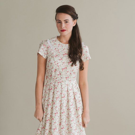 Floral dress with lace trim collar on Etsy, £50.00