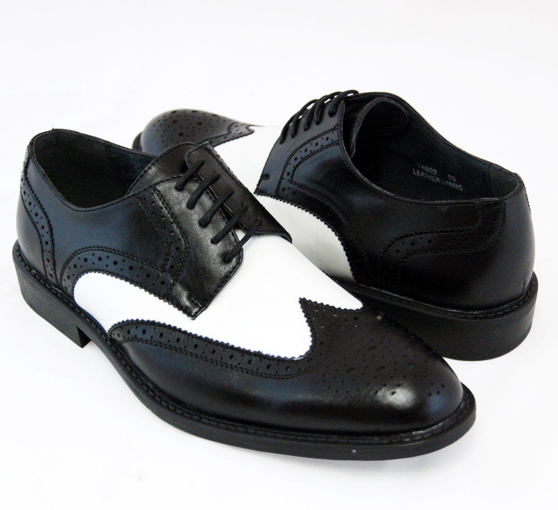 3640cd693ff4e Amazon.com: Majestic Men's Spectators . Fashionable Black and White ...