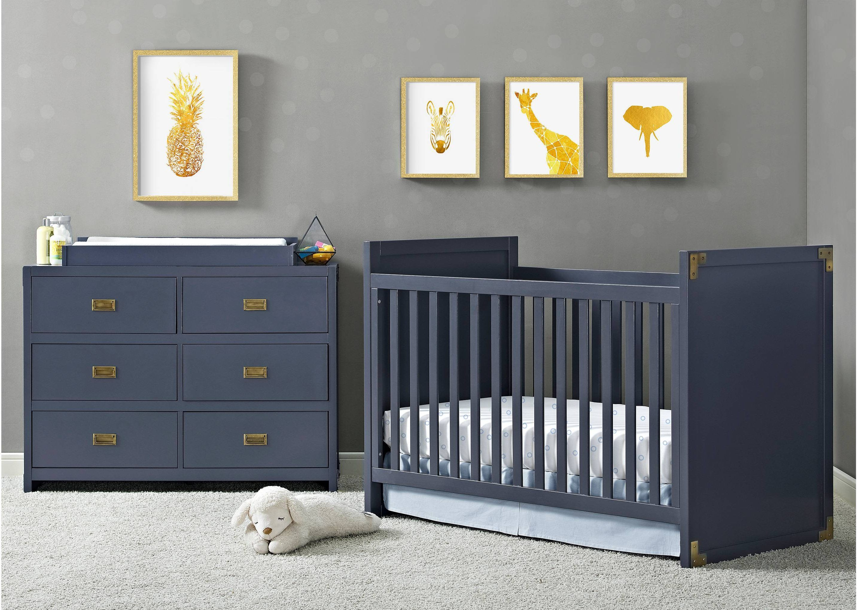A Estrela Da Decora O Do Quarto Do Bebe O Ber O Em Azul Estilo  ~ Quarto Azul Marinho E Branco E Montar O Quarto Do Bebe