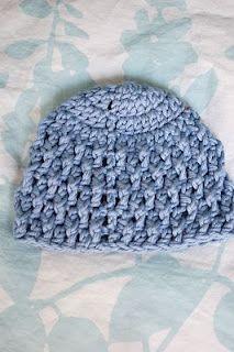 Free Pattern: Deeply Textured Hat - Premie #premiebabyhats