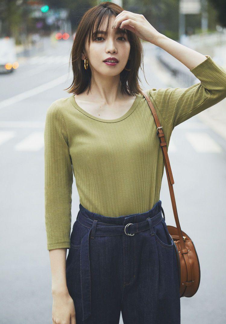 春の新作 新色で叶える7つのきれいめスタイル uniqlo today s pick up ファッション スタイル tシャツ ファッション