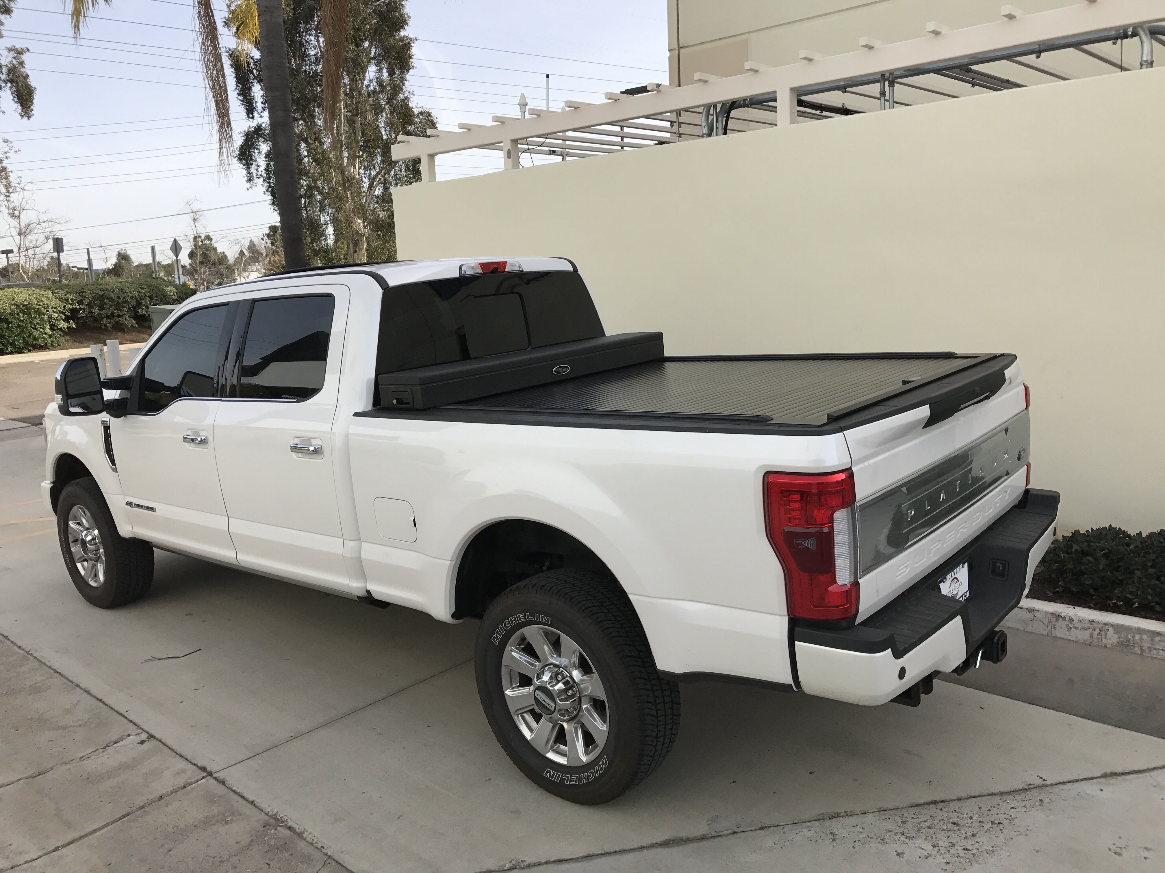 Super duty 2017 with our american work cover junior toolbox truck covers toolboxusa