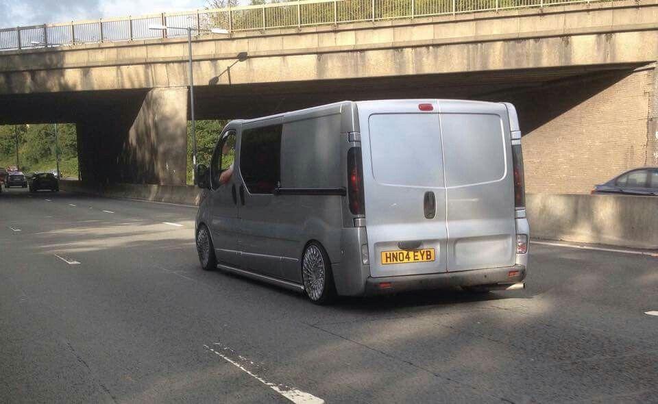 renault trafic camping custom vans vans commercial. Black Bedroom Furniture Sets. Home Design Ideas