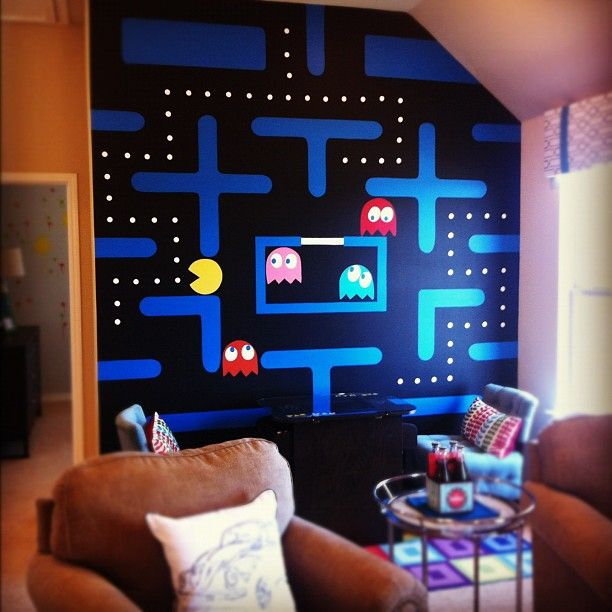 Such a nifty paint job cool for a game room for the - Cool room painting ideas ...