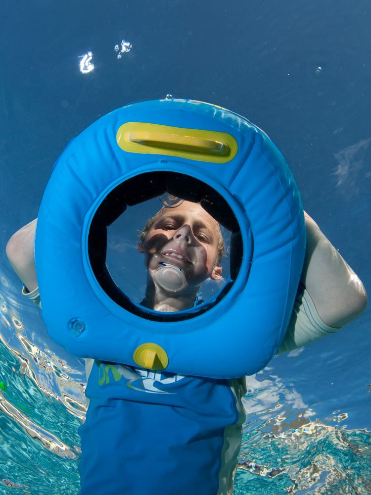 Snorkel Mask And Flippers Float Underwater In Tropical Water Stock ...