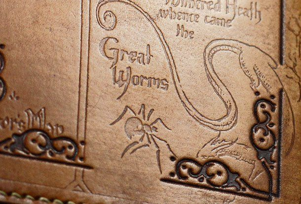 Handmade Carved Custom Leather Hobbit Men Wallet XZTwPOiku