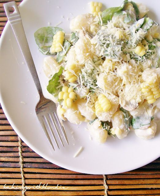 gnocchi, sweet corn & arugula in cream sauce.