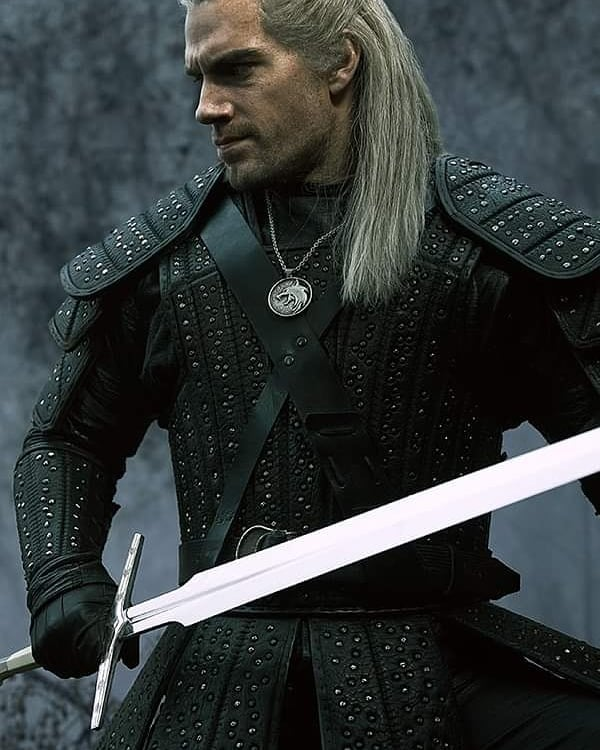 Henrycavill Hashtag On Instagram Photos And Videos The Witcher The Witcher Geralt Henry Cavill