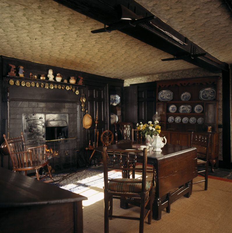 387 Best Images About Country Cottage Entrance Hall: Entrance Hall At Beatrix Potter's Hill Top House In Near