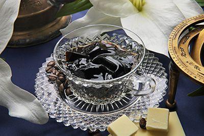 ジョンカナヤの夏限定コーヒーゼリー「ジュレ オ カフェ カサブランカ」 - ホワイトチョコソース入り