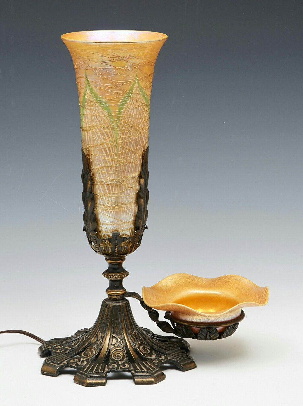 Glass Lamp Bowl Durand Art Glass Lamp With Bowl Pulled Feather Design With