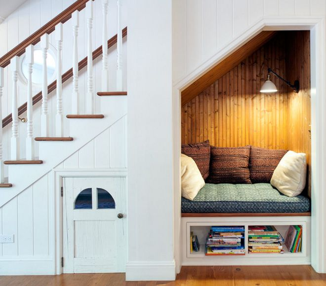 60 Unbelievable Under Stairs Storage Space Solutions: This Cupboard Under The Stairs Makes An Adorable Reading