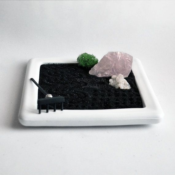Mini Zen Garden // Viewing Stone // Rose Quartz // Desk Accessory // DIY Kit // Meditation // Rock Garden // Crystal // Zen // Quartz