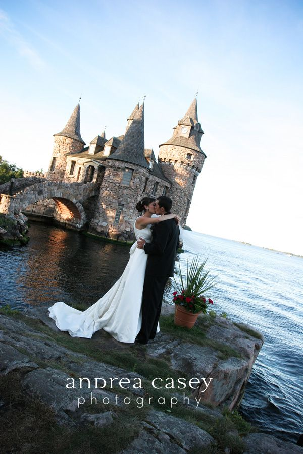 boldt castle wedding in alexandria bay ny the castle located on heart island