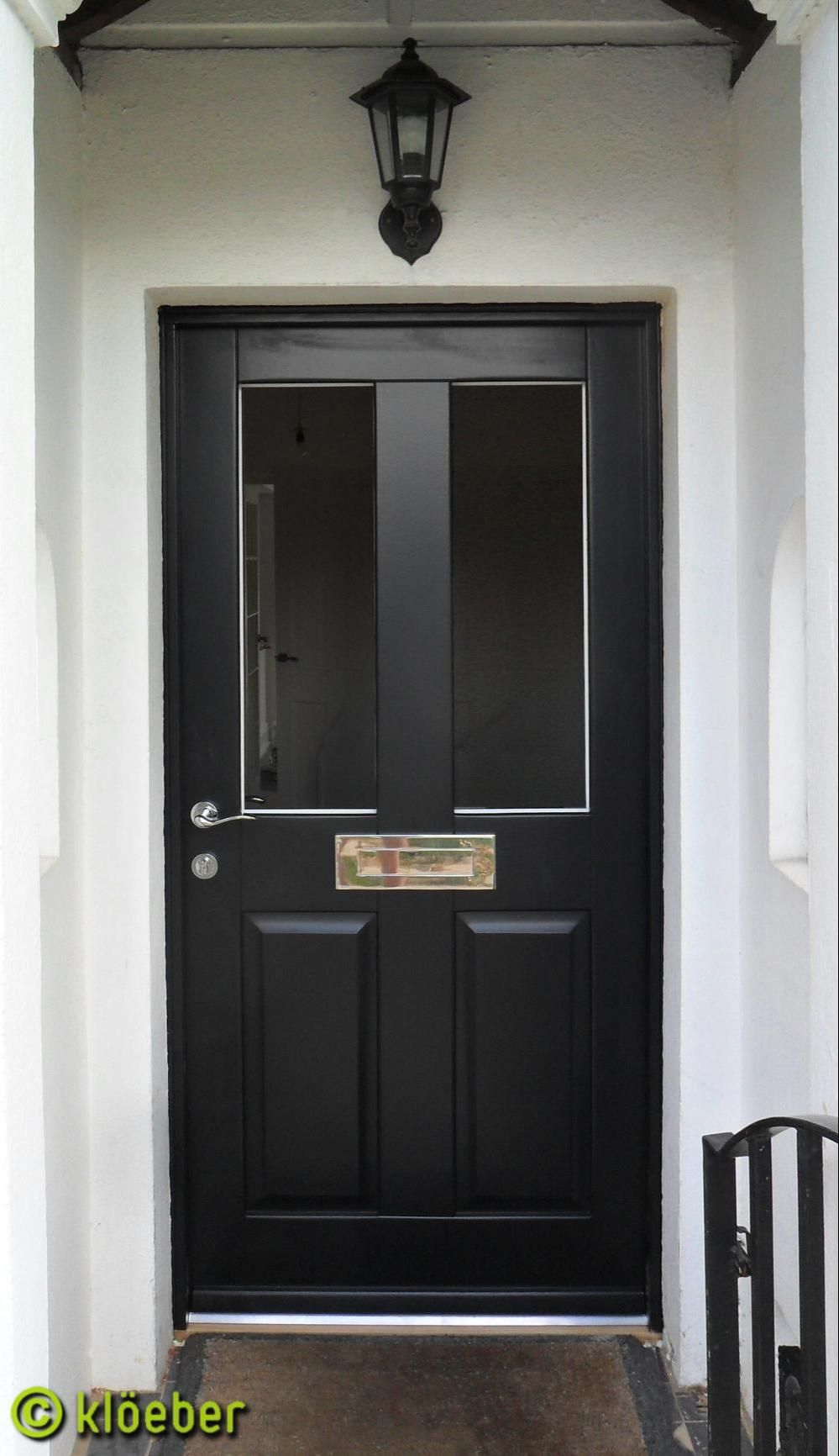 Kloeber gallery klassicfront traditional style doors for Traditional front doors