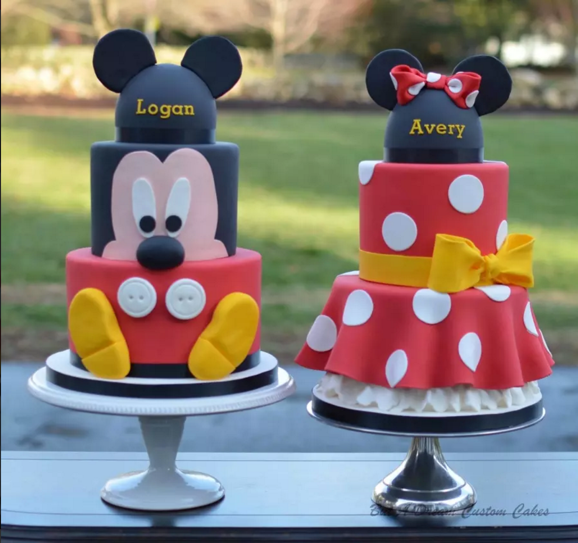 Birthday Party Ideas For Twins Mickey And Minnie Cake Mickey Cakes Minnie Cake