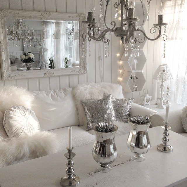 Salon blanc et argent | Deco salon blanc, Déco salon, Salon argenté