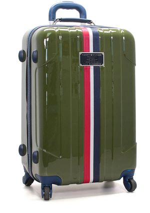 On ideel: TOMMY HILFIGER LUGGAGE 28'' Lochwood Spinner