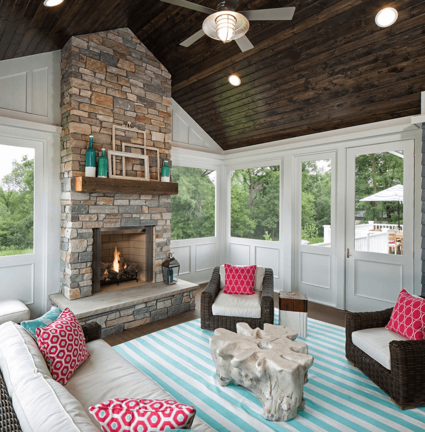 Amazing Small House Front Porch Design Ideas For All House