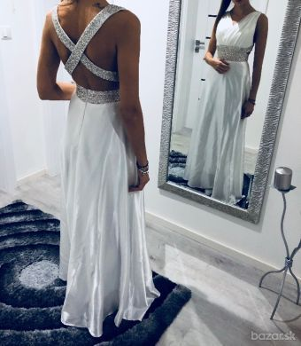 Predám krásne spoločenské šaty vhodné aj ako svadobné alebo popolnočné 8aad6ad31cc