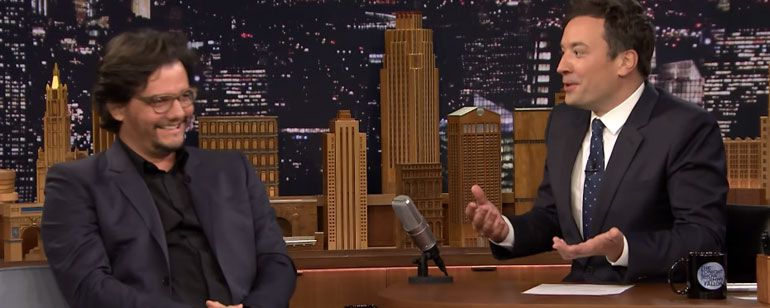 "Wagner Moura brinca que foi a ""pior escolha"" para Narcos no Tonight Show – Stylo Masculino"