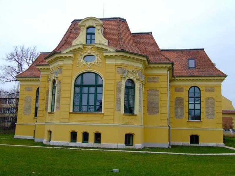 Malonyai-kastély, Halásztelek, Hungary