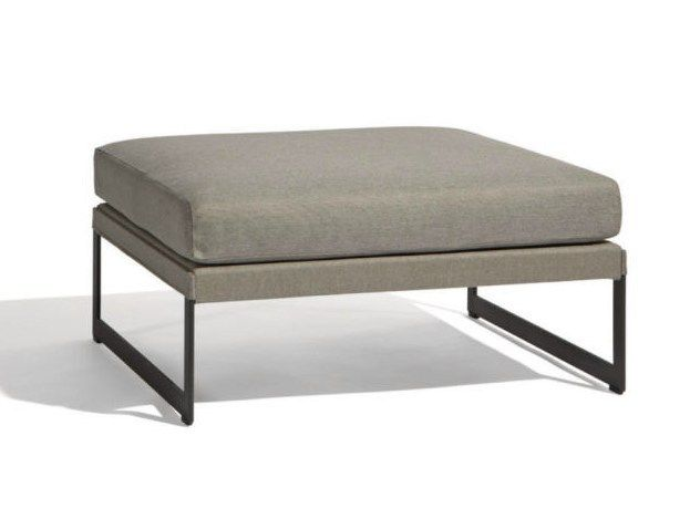 SQUAT Garden Footstool By MANUTTI