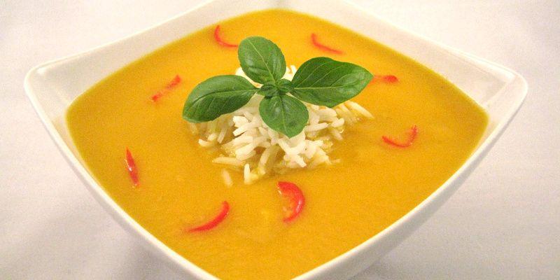 Gulerods-kokos-suppe